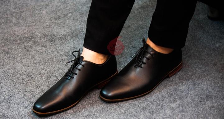 Giày nam da cao cấp từ thương hiệu Babiday Store.