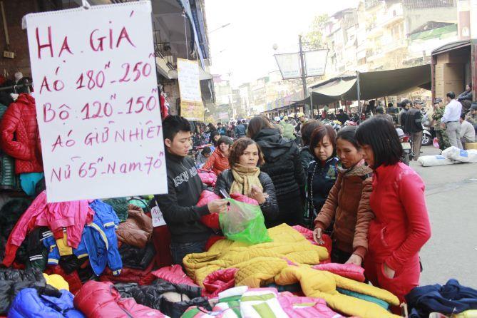Kinh nghiệm mua quần áo sỉ ở chợ tân bình dành cho dân kinh doanh
