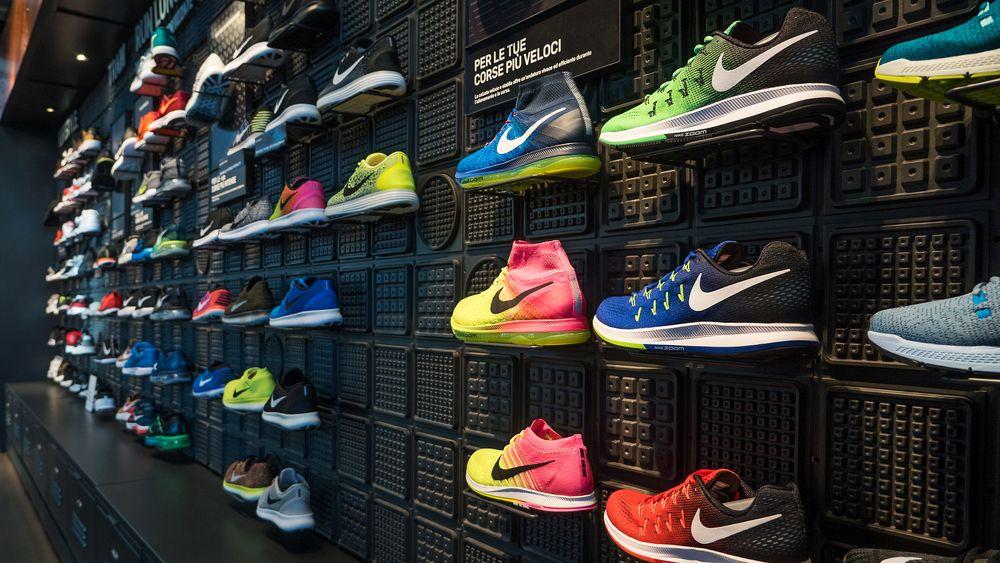 Kinh nghiệm kinh doanh giày thể thao chi tiết nhất